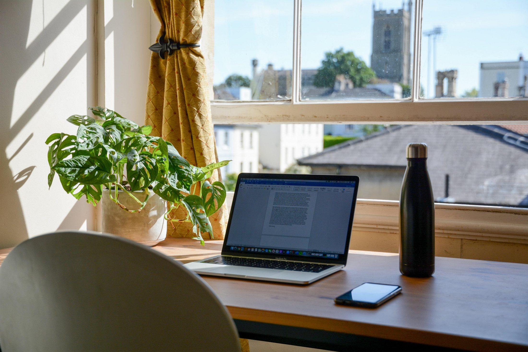 Hybrid Work: 5 gute Gründe im Home Office zu bleiben